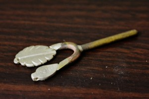 One leaf sterling silver sprue
